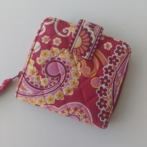 3 for $15 ♥️ Vera Bradley Pink Paisley Wallet